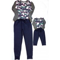 Conjunto molet jeans e blusas camuflada
