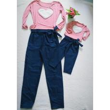 Conjunto jeans com blusa rosa chá coração off